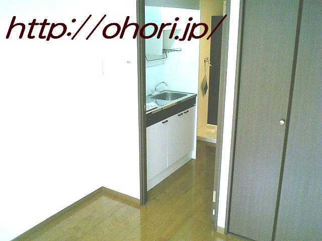 下北沢 賃貸 マンション 1K 2階 バルコニー南向 陽当良好 オートロック タイル貼 風呂トイレ別 写真7-3