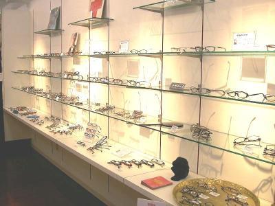 下北沢 クールビーンズ 時計 メガネ セレクトショップ 店内写真 ネガネ アイウェア その1