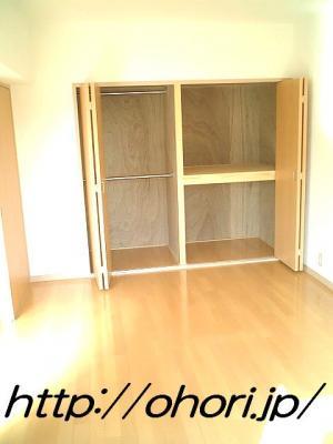 下北沢 賃貸 マンション3階 1LDK 南西角三面採光 水周り・建具ほか室内新品の内装 写真8-1