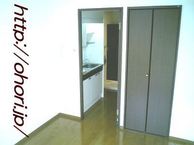 下北沢 賃貸 マンション 1K 2階 バルコニー南向 陽当良好 オートロック タイル貼 風呂トイレ別 写真6-3