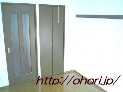 下北沢 賃貸 マンション 1K 2階 バルコニー南向 陽当良好 オートロック タイル貼 風呂トイレ別 写真7-2