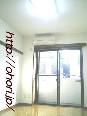 下北沢 賃貸 マンション 1K 2階 バルコニー南向 陽当良好 オートロック タイル貼 風呂トイレ別 写真8-2