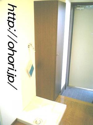 下北沢 賃貸 マンション 1K 2階 バルコニー南向 陽当良好 オートロック タイル貼 風呂トイレ別 写真13-3