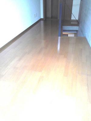 下北沢 賃貸 マンション デザイナーズ メゾネット 1DK 2階居室 コンクリート打放内装 オートロック 物件写真4-4
