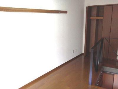 下北沢 賃貸 マンション デザイナーズ メゾネット 1DK 2階居室 コンクリート打放内装 オートロック 物件写真5-2