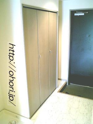 下北沢 賃貸 マンション デザイナーズ 4階 コンクリート打放 オートロック エレベーター 白大理石調床 写真4-3