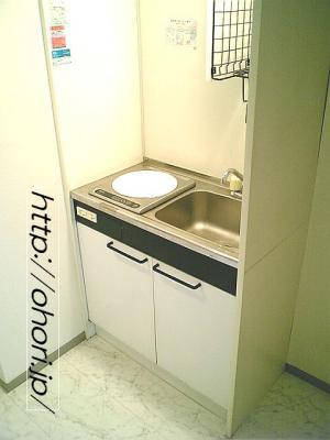 下北沢 賃貸 マンション デザイナーズ 4階 コンクリート打放 オートロック エレベーター 白大理石調床 写真6-1