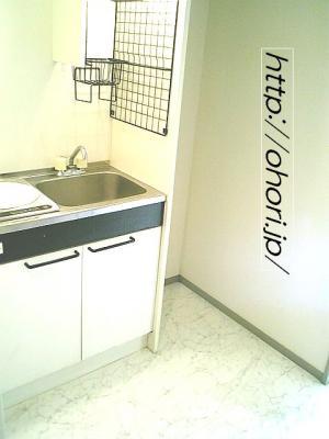 下北沢 賃貸 マンション デザイナーズ 4階 コンクリート打放 オートロック エレベーター 白大理石調床 写真6-3